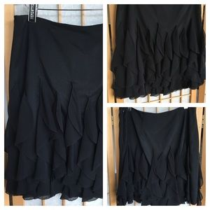 White House Black Market Black Tiered Skirt SZ 4
